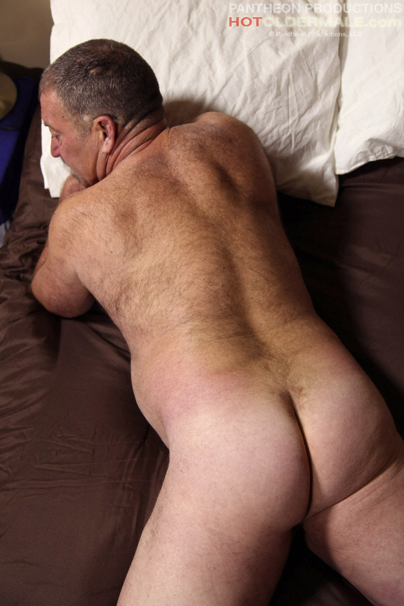 Chubby find gay man naked